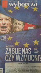 Tas mūs nogalinās vai padarīs stiprākus? Virsraksts uz poļu Gazeta Wyborcza 25.jūnija izdevuma vāka.